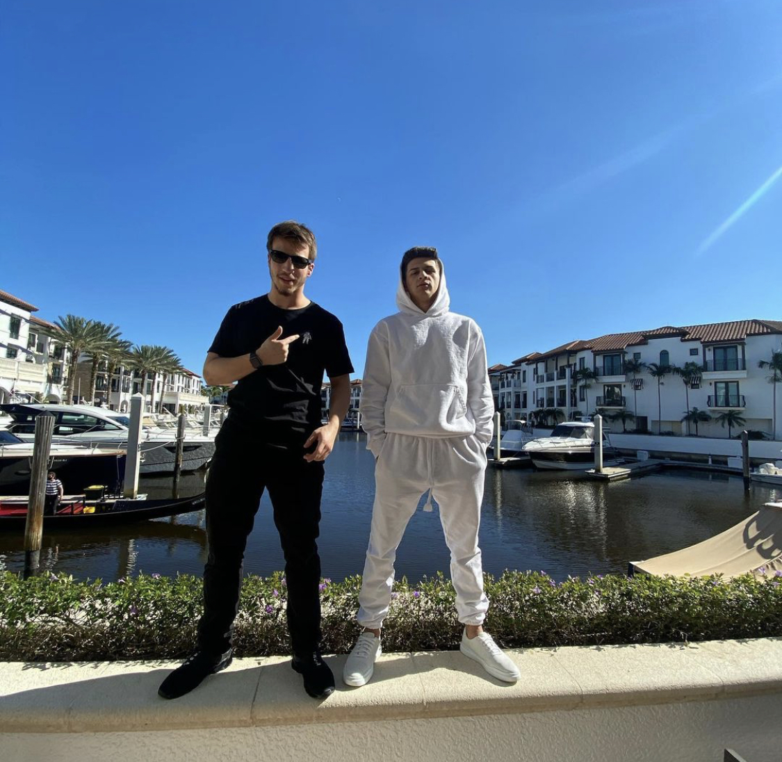 Two 21 Year Old Entrepreneurs Make A Loud Entry With Dollar Sign Empire